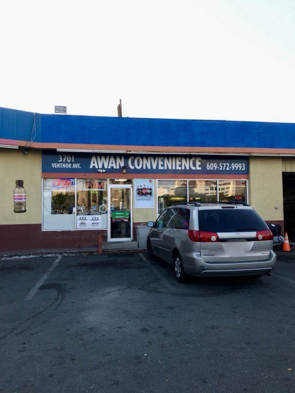Awan Convenience Store - Cottonwood Vending