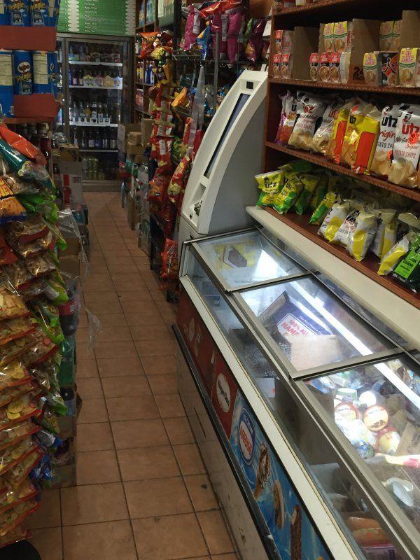2122 Deli - Cottonwood Vending 2