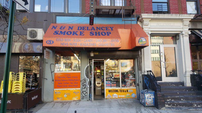 N & N Delancey Smoke Shop - Coinsource