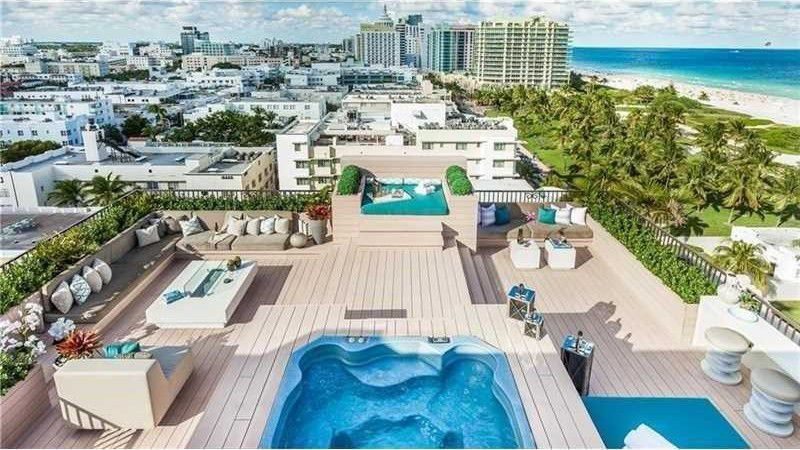VLIVE Miami - CoinGod