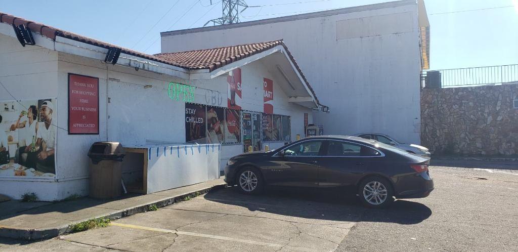 Sami Food Mart / Shell Gas Station 1