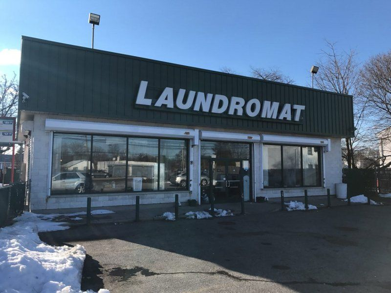 Amityville Laundromat - Cottonwood Vending