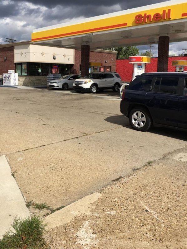 9 Mile & Greenfield Shell Gas - Slon BTM LLC