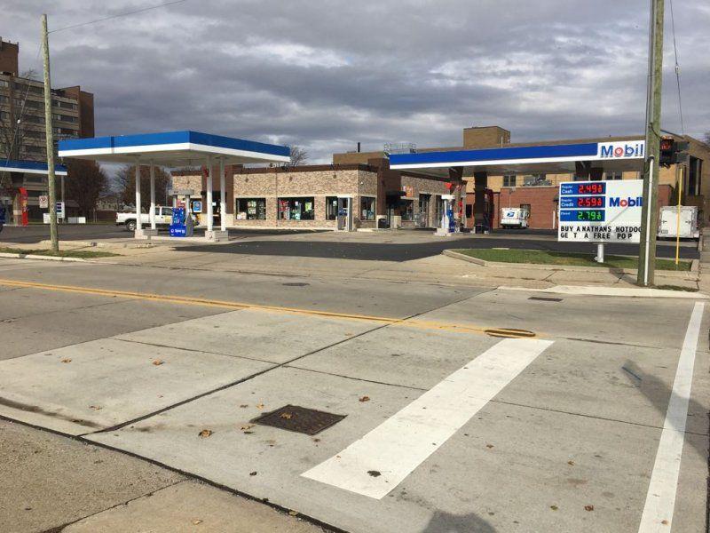 Mount Clemens Mobil Gas - Slon BTM LLC