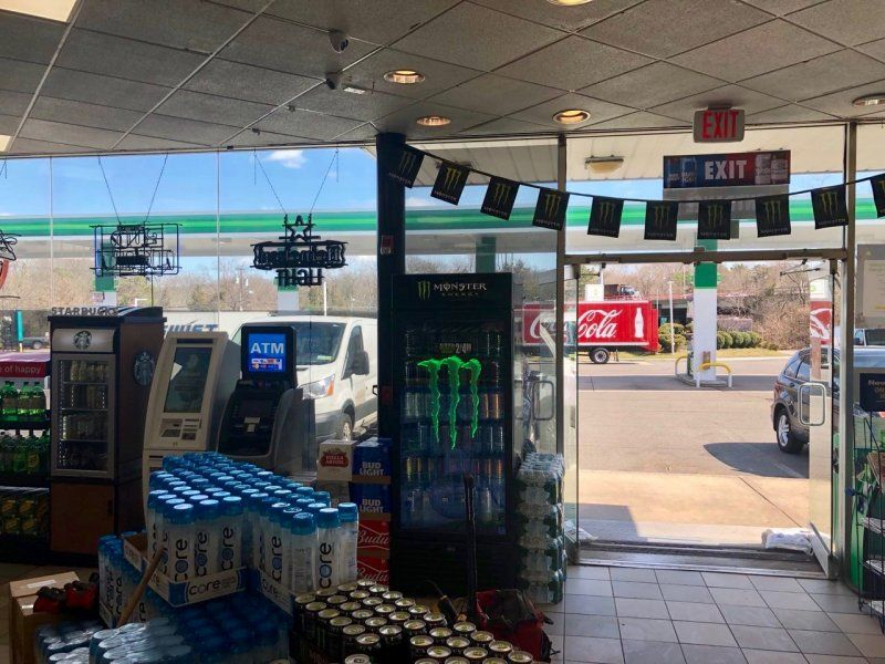 BP Gas Station - Cottonwood Vending 2
